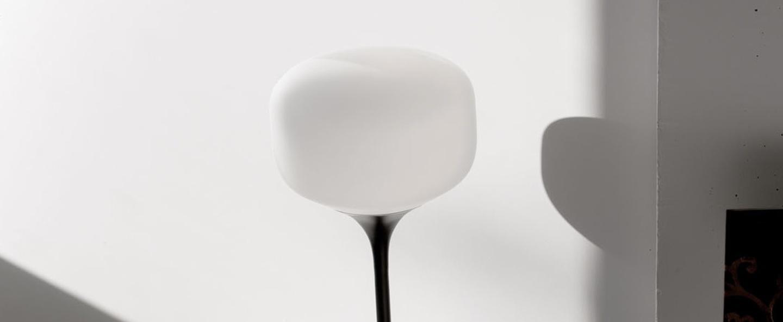 Lampe a poser awa blanc mat noir h62cm o26cm teo normal