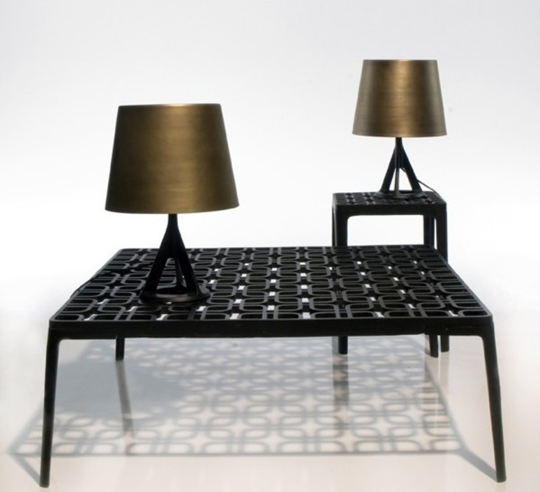 lampe poser base laiton noir l21cm h39cm tom dixon luminaires nedgis. Black Bedroom Furniture Sets. Home Design Ideas