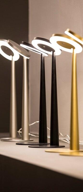 Lampe a poser bella noir o12cm h31 6cm panzeri normal