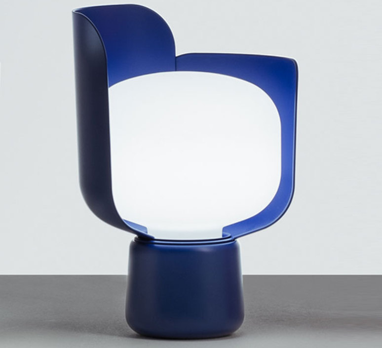 Blom andreas engesvik lampe a poser table lamp  fontana arte 4253bl  design signed 50275 product