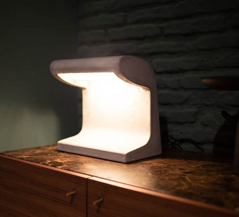 Borne beton mini charles le corbusier lampe a poser table lamp  nemo lighting bbp ldw 21  design signed 61478 product