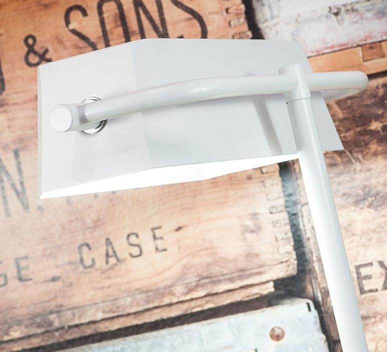 Cambridge studio it s about romi lampe a poser table lamp  it s about romi cambridge t w  design signed 48050 product