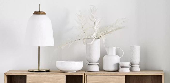 Lampe a poser campa blanc laiton antique o27cm h61 5cm bolia normal