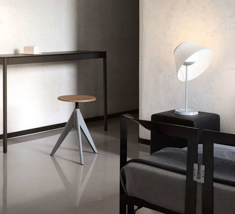 Cappuccina inga sempe lampe a poser table lamp  luceplan 1d880 d00004 1d8801000003  design signed 55250 product