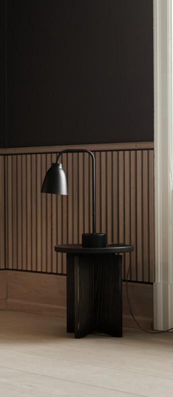 Lampe a poser caravaggio read noir o31 4cm h50cm lightyears normal