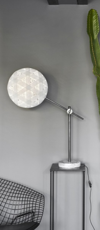 Lampe a poser chanpen hexagonal m blanc gris o36cm h85cm forestier normal