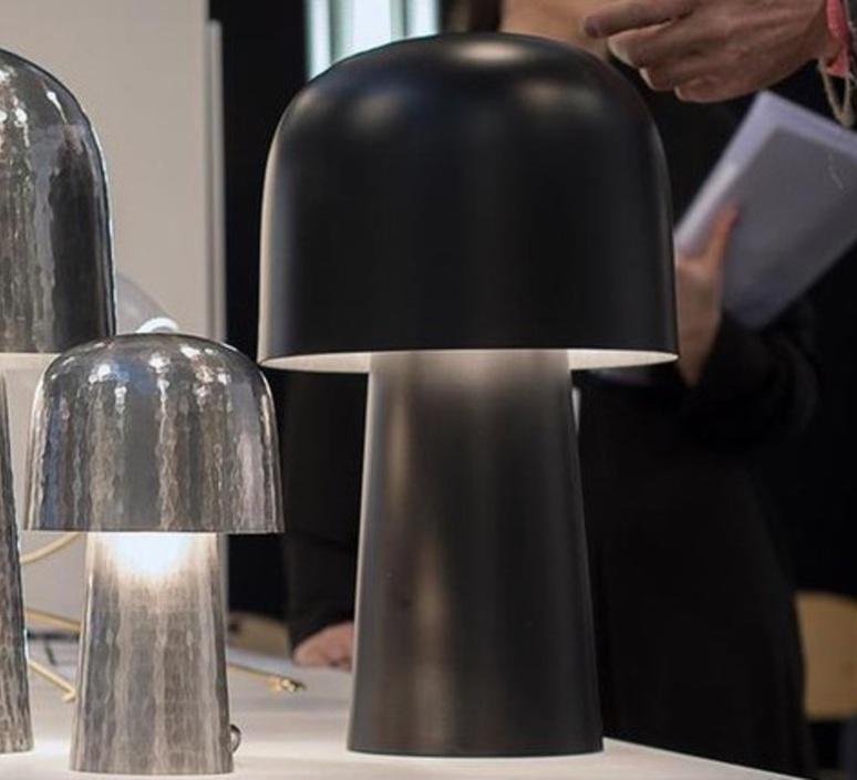 Chapeliere francois azambourg lignes de demarcation chapeliere noir grande luminaire lighting design signed 23605 product