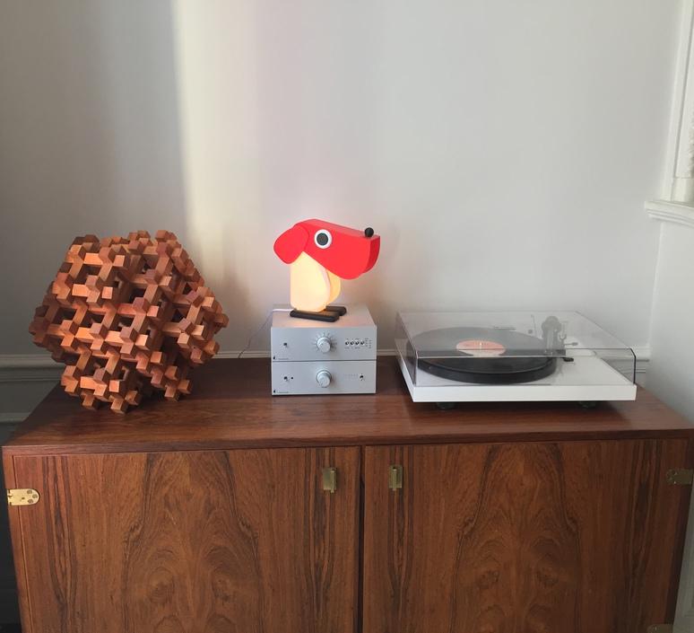 Chien cassetta fernando cassetta cassetta chien rouge luminaire lighting design signed 30521 product