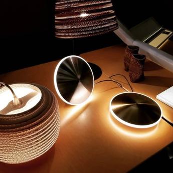 Lampe a poser chronalights table10 acier led 2700k 300lm o24cm h23cm graypants normal
