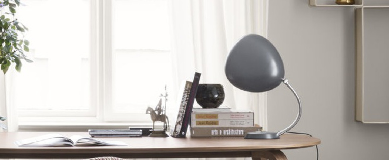 Lampe a poser cobra bleu gris h63 5cm o16 5cm gubi normal