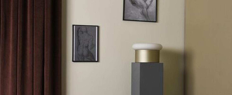Lampe a poser collona verre opal blanc laiton o25cm h15cm eno studio normal