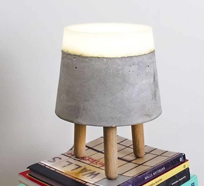Concrete renate vos lampe a poser table lamp  serax b7214483  design signed 59949 product
