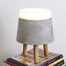 Concrete renate vos lampe a poser table lamp  serax b7214483  design signed 59949 thumb