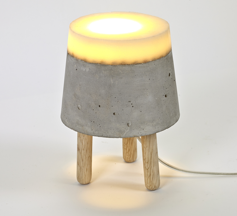Concrete renate vos lampe a poser table lamp  serax b7214483  design signed 59954 product
