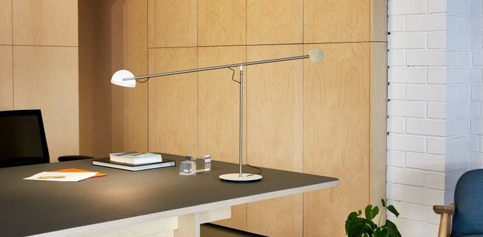 Lampe a poser copernica m nickel satine or blanc led 2700k 427lm dimmable l106cm h60 3cm marset normal