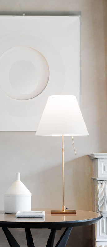 Lampe a poser costanza d13c laiton led o40cm h110cm luceplan normal