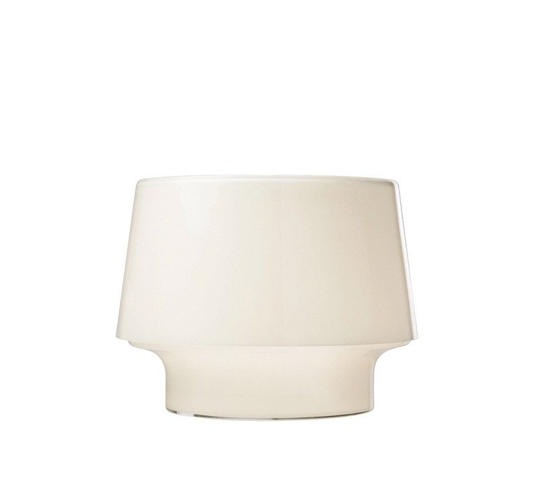 Cosy l harri koskinen lampe a poser table lamp  muuto 01031  design signed 48361 product