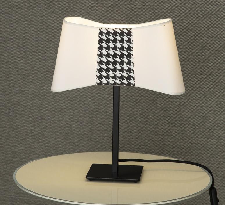 Lampe à poser, Couture, blanc, pied de poule, H39cm Designheure