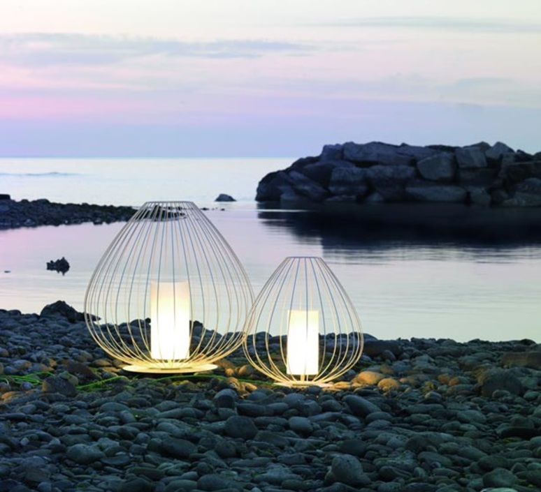 Lampe poser d 39 ext rieur cell blanc 60cm karman for Lampe exterieur ancienne
