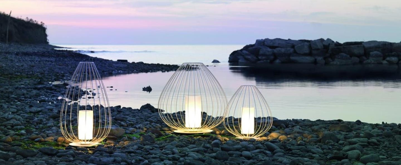 Lampe poser d 39 ext rieur cell blanc 90cm karman for Lampe exterieur a poser