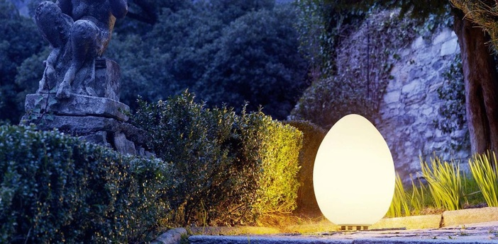 Lampe a poser d exterieur uovo blanc h62cm fontana arte normal