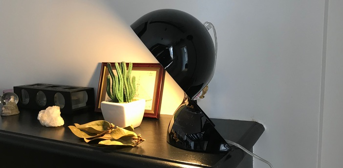 Lampe a poser dalu noir poli h26cm l18 4cm artemide normal