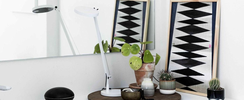 Lampe a poser demetra micro table blanc led 2700k 241lm l45 5cm h51 5cm artemide normal