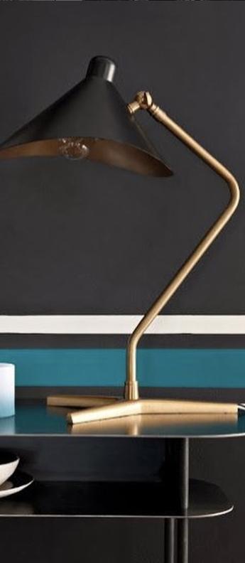 Lampe a poser dino noir l39cm h57cm gong normal