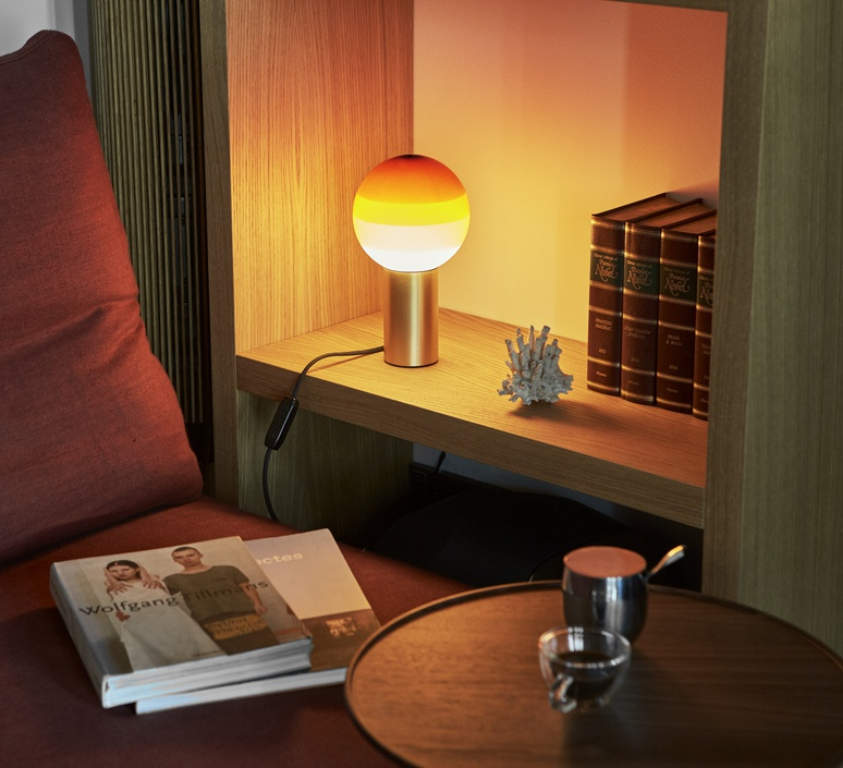 Dipping light jordi canudas lampe a poser table lamp  marset a691 004  design signed 57430 product