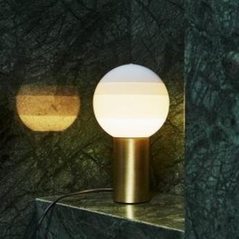 Lampe a poser dipping light blanc casse led o12 5cm h22 2cm marset normal