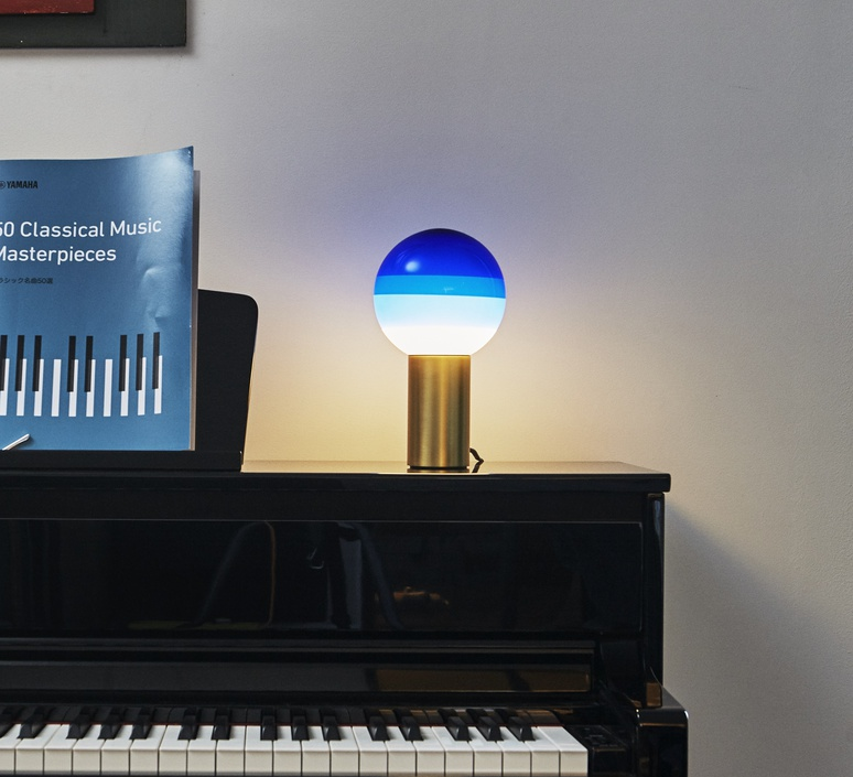 Dipping light jordi canudas lampe a poser table lamp  marset a691 002  design signed 57437 product
