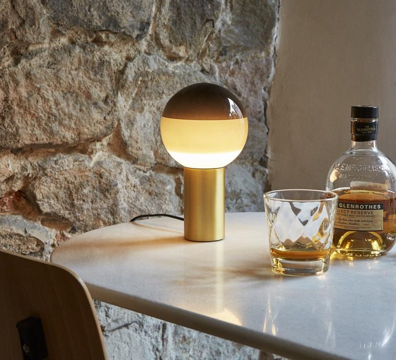 Dipping light jordi canudas lampe a poser table lamp  marset a691 006  design signed 57432 product