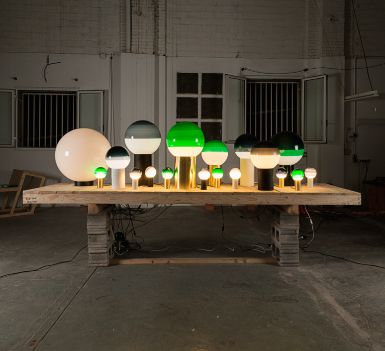 Dipping light jordi canudas lampe a poser table lamp  marset a691 012  design signed 53789 product