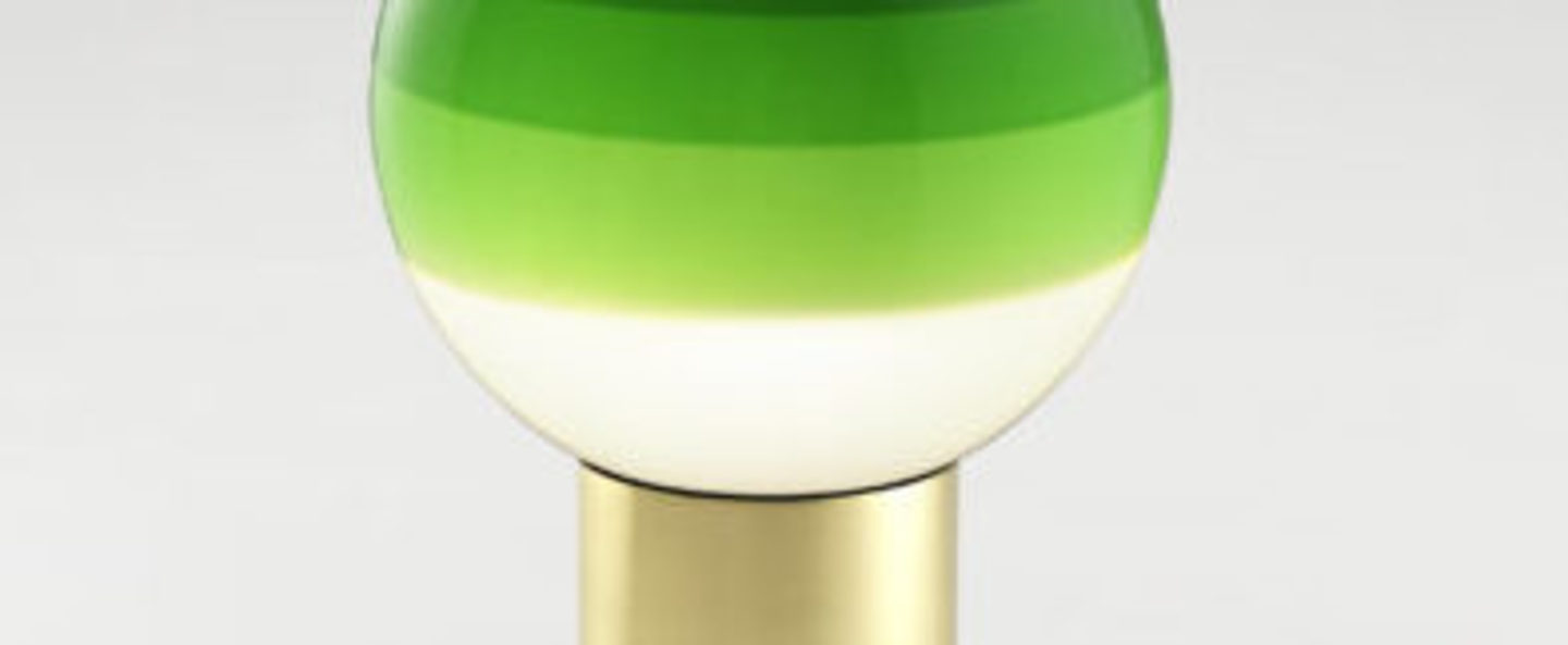 Lampe a poser dipping light portable vert laiton led k lm o12 5cm h22 2cm marset normal