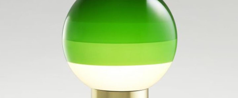 Lampe a poser dipping light s vert laiton led 2700k 546lm o20cm h36cm marset normal