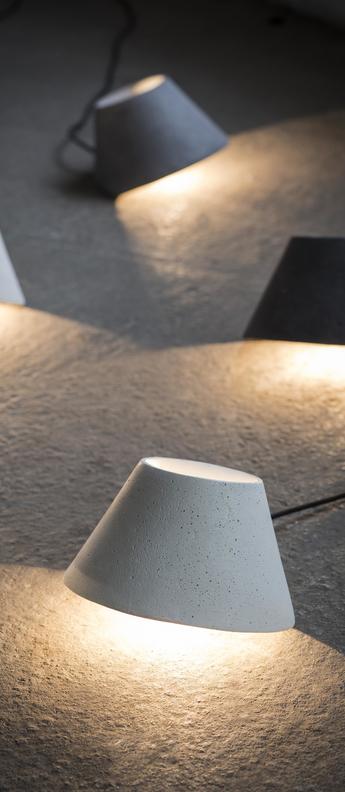 Lampe a poser eaunophe s blanc led o22cm h15cm serax normal