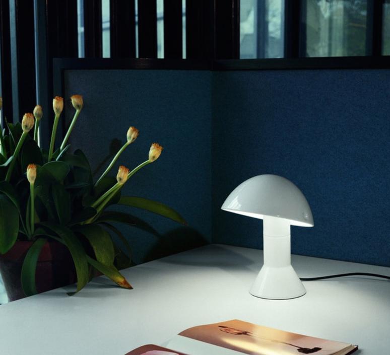 lampe poser elmetto blanc h28cm martinelli luce luminaires nedgis. Black Bedroom Furniture Sets. Home Design Ideas