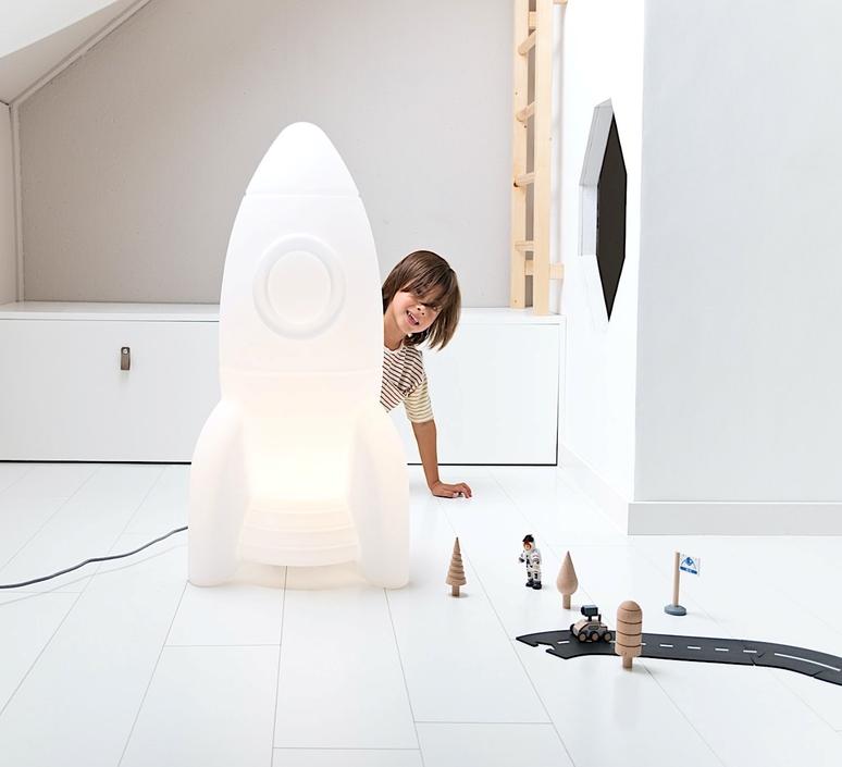 Apollo large studio flow amsterdam lampe a poser enfant kids table lamp  flow amsterdam  fl1665027  design signed nedgis 109027 product