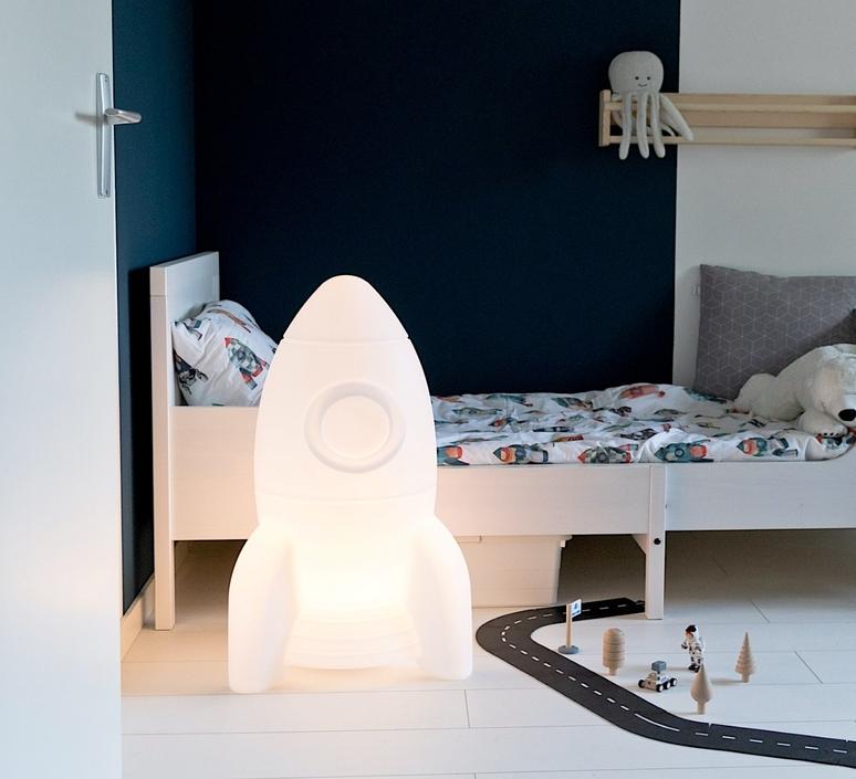Apollo large studio flow amsterdam lampe a poser enfant kids table lamp  flow amsterdam  fl1665027  design signed nedgis 109028 product