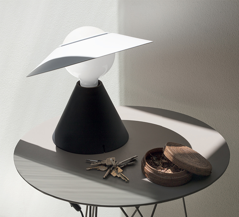 Fante studio de pas d urbino lomazzi lampe a poser table lamp  stilnovo 8966  design signed nedgis 119088 product