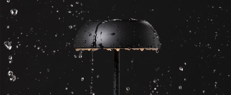 Lampe a poser float noir ip55 o13 5cm h34 7cm axolight normal