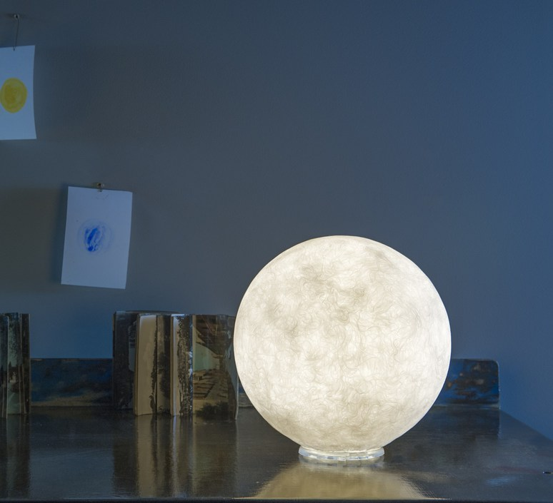 lampe poser au sol floor moon 1 blanc 50cm in luminaires nedgis. Black Bedroom Furniture Sets. Home Design Ideas