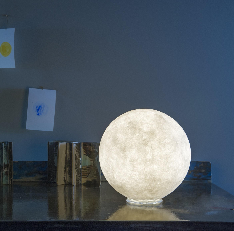 lampe poser au sol floor moon 1 blanc 50cm in luminaires nedgis. Black Bedroom Furniture Sets. Home Design Ideas