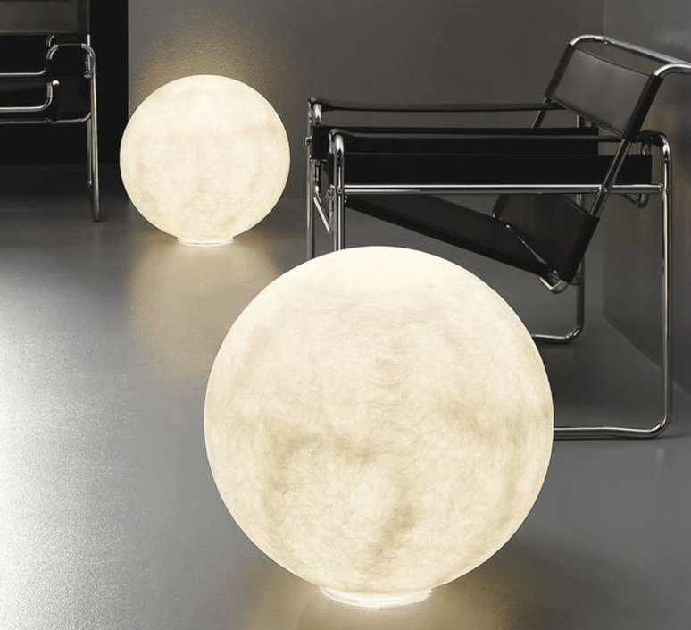 lampe poser au sol floor moon 3 blanc 120cm in luminaires nedgis. Black Bedroom Furniture Sets. Home Design Ideas