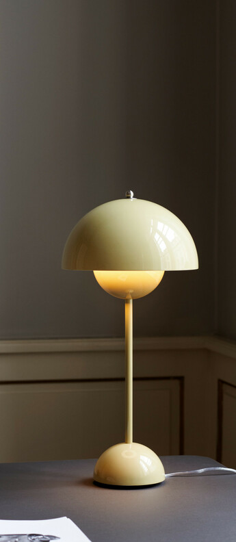 Lampe a poser flowerpot vp3 sable o23cm h50cm andtradition normal