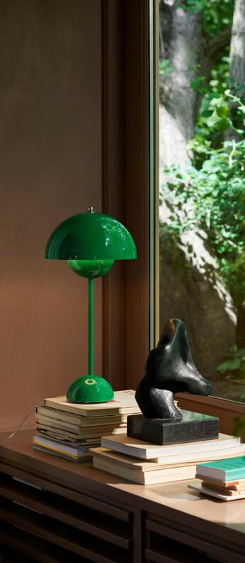 Lampe a poser flowerpot vp3 vert signal o23cm h50cm andtradition normal