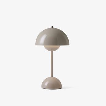 Lampe a poser flowerpot vp9 beige gris ip44 led 2700k 325lm o16cm h29 5cm andtradition normal