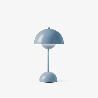 Lampe a poser flowerpot vp9 bleu clair ip44 led 2700k 325lm o16cm h29 5cm andtradition normal