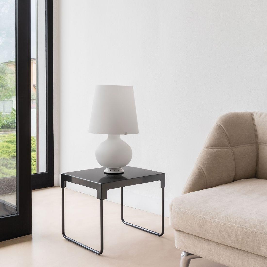 lampe poser fontana blanc h53cm fontana arte luminaires nedgis. Black Bedroom Furniture Sets. Home Design Ideas