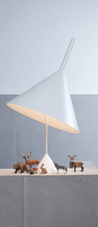Lampe a poser funnel blanc o45cm h80cm vertigo bird normal